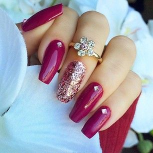 A New Trend In Nail Shapes Is This Coffin Shaped Look Can Be Achieved With En Vogue S Sculptured Gel Nails Available Right Here At Silhouettes